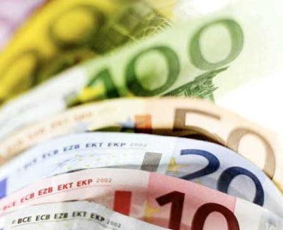 El Banco de España alerta de que los sueldos crecen demasiado