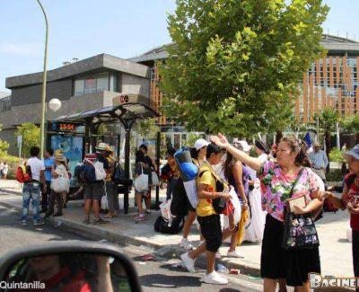Peregrinos de la JMJ invaden el Centro Comercial Islazul