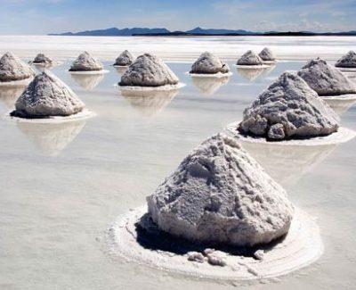 El mayor desierto de sal del mundo en Uyuni (Bolivia)