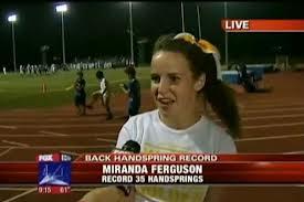 Miranda Ferguson, nuevo record mundial de volteretas