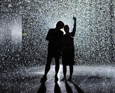 Caminar bajo la lluvia sin mojarse, en una nueva atracción en Londres