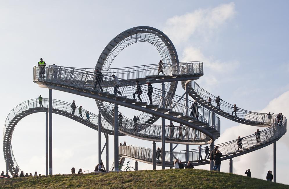 Tigre y Tortuga, la estatua con forma de montaña rusa (Duisburgo, Alemania). Foto: phaenomedia.org