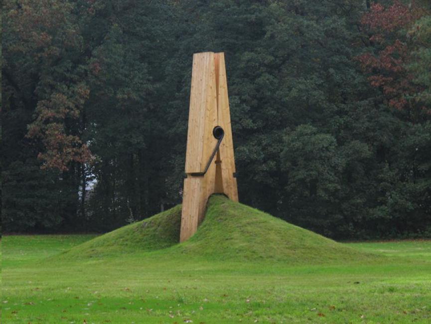 Pinza gigante (Lieja, Bélgica). Foto: piartworks.com