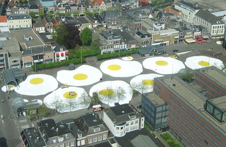 Art Eggcident (Leeuwarden, Holanda). Foto: Henk Hofstra