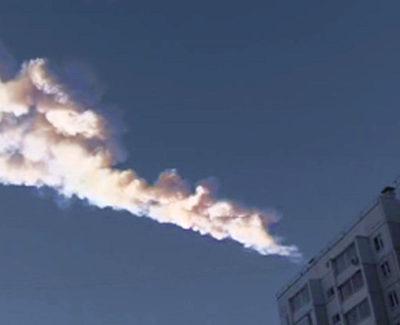 Cae un meteorito en Rusia y deja más de 500 heridos