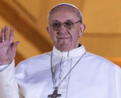 """Un joven adivinó hace un mes que habría nuevo Papa, se llamaría """"Francisco I"""" y Twitter como testigo"""