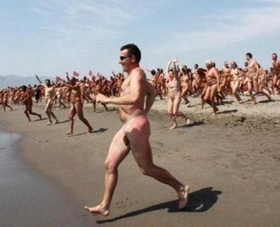 La playa con más nudistas del mundo: récord Guinness en Vera (Almería)