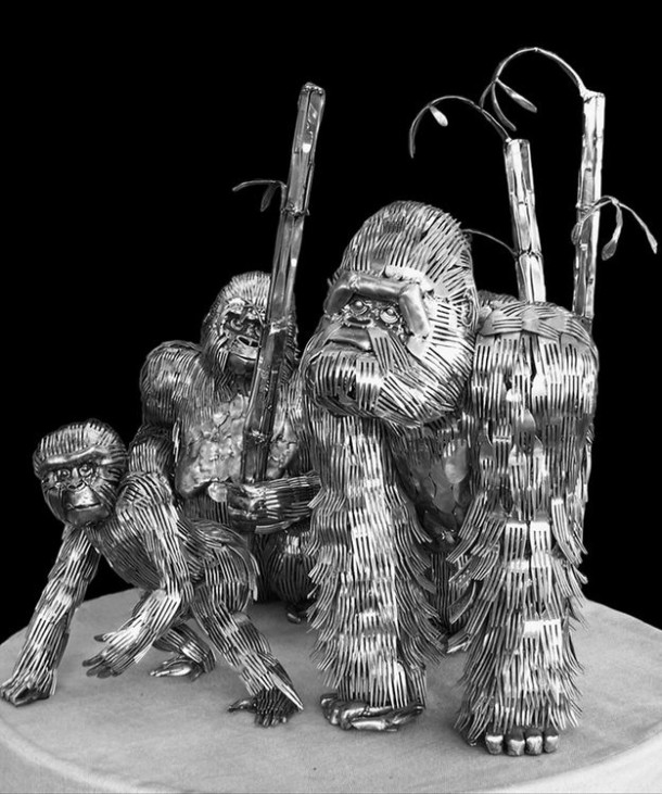 esculturas-cubiertos-bacinerias-15
