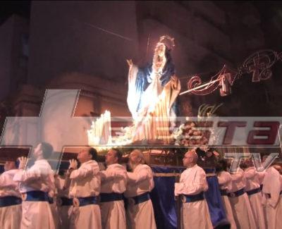 Se les cae la Virgen de los Dolores en plena procesión, en San Vicente del Raspeig